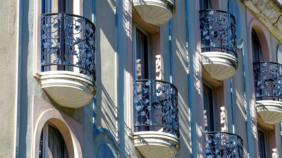 Cristal Hôtel & SPA - EDIT_detailfront1.jpg