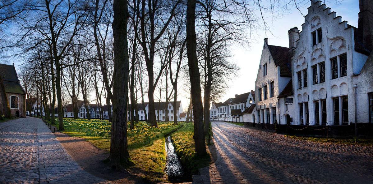 Geniet van luxe, bubbels en chocolade in hartje Brugge