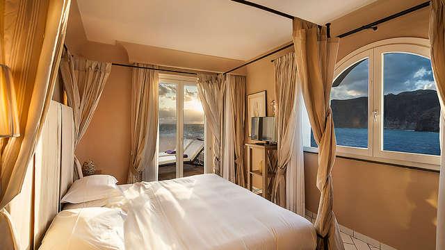 Therasia Resort Sea Spa