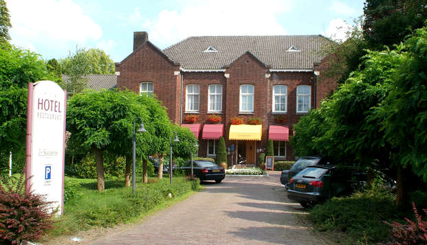 La Sonnerie Hotel - Front