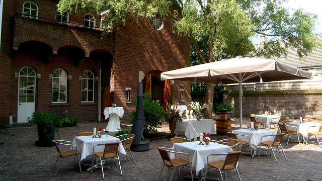 La Sonnerie Hotel - Terrace