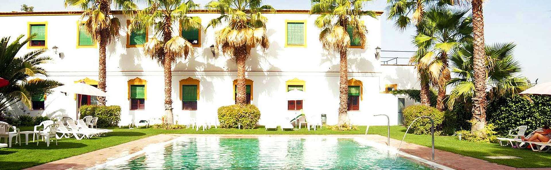 Hotel Balneario El Raposo - EDIT_Pool1.jpg
