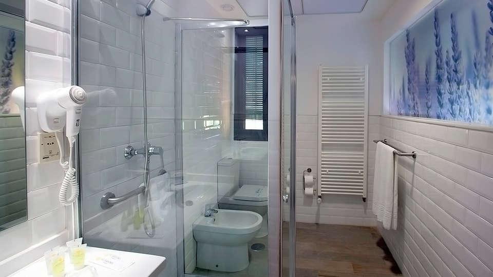 Hotel Balneario El Raposo - EDIT_Room1.jpg