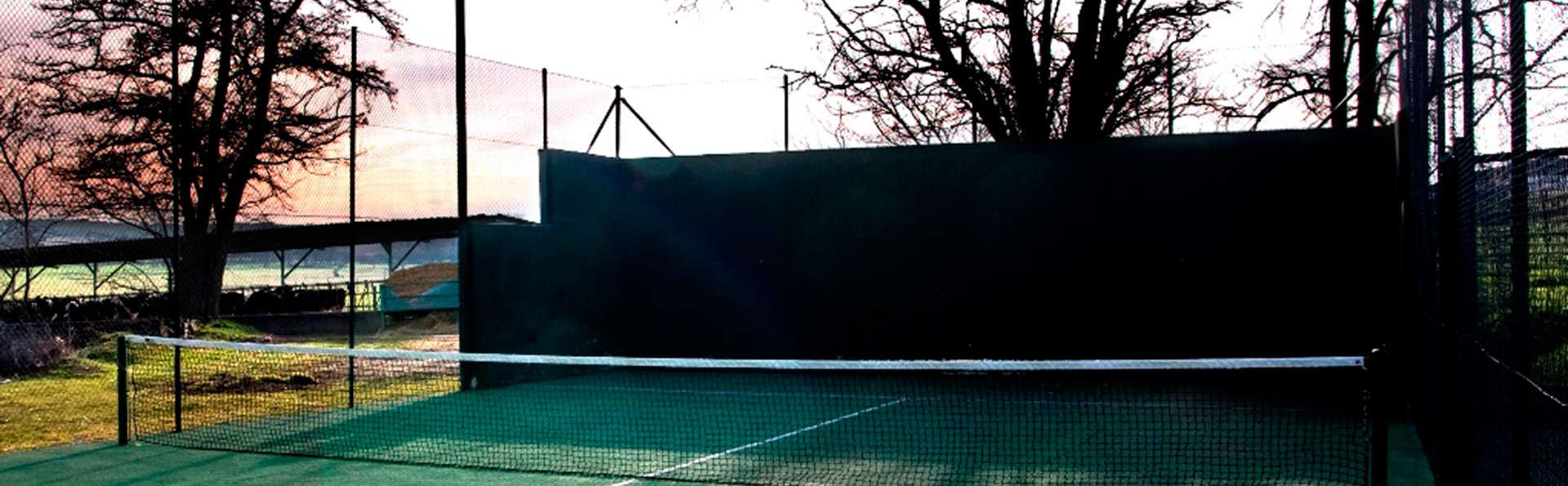 La Posada de Pradorey - EDIT_tenniscourt.jpg
