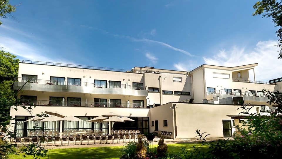 Hôtel Marso - Edit_Front.jpg