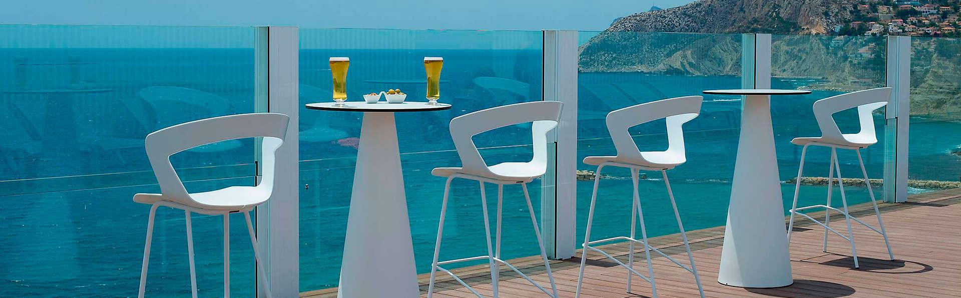 Offre exclusive: escapade à Calpe, 4* avec piscine + accès direct à la plage (à partir de 2nuits)