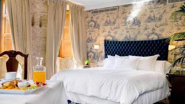 Especial Lujo: Escapada en Suite en un Château cerca de Santiago de Compostela