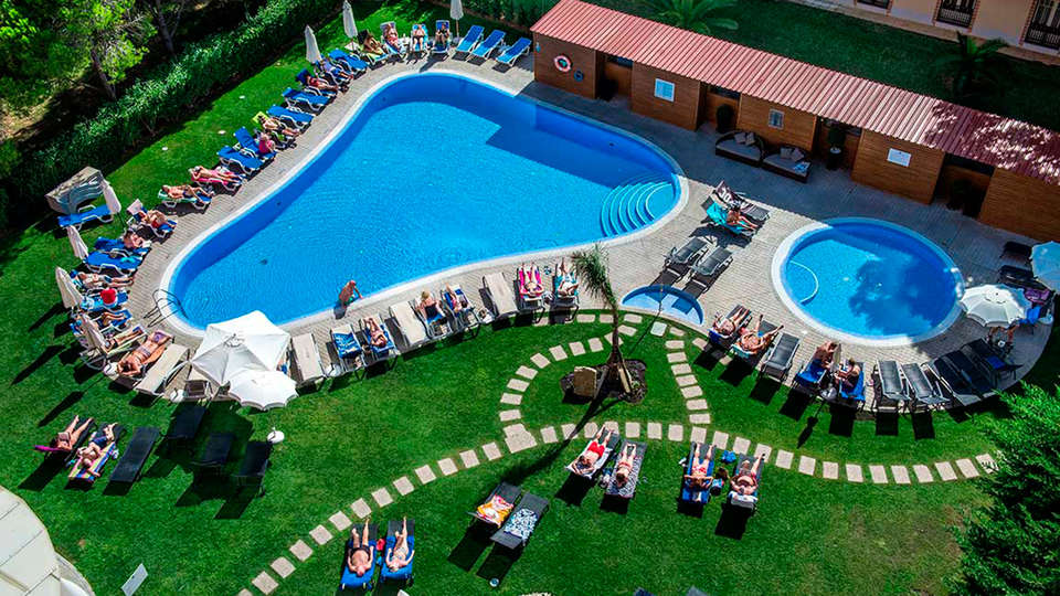 Aqua Pedra Dos Bicos Beach Hotel (Adults Only) - EDIT_poolaerea.jpg