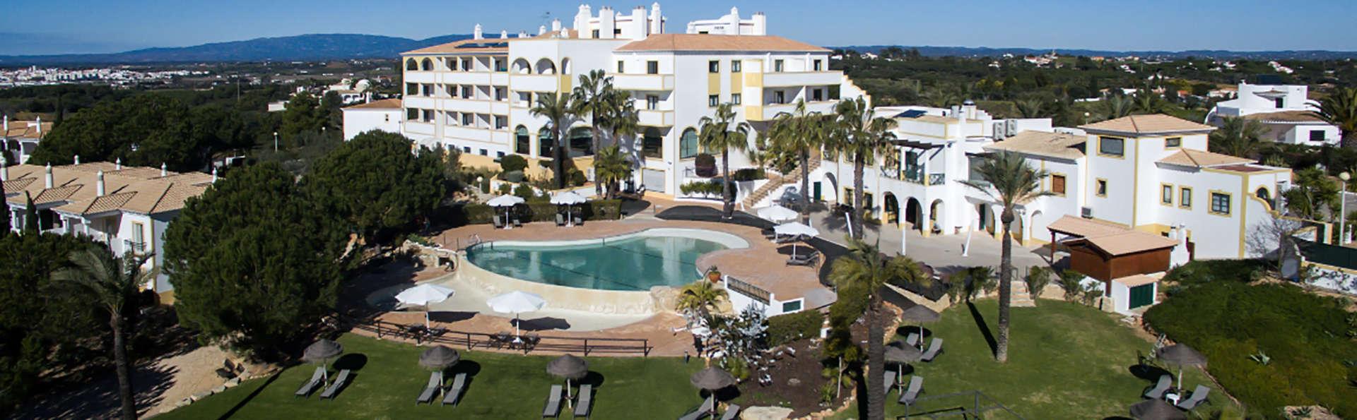 Demi-pension en famille avec séjour enfant gratuit en Algarve (à partir de 5 nuits)