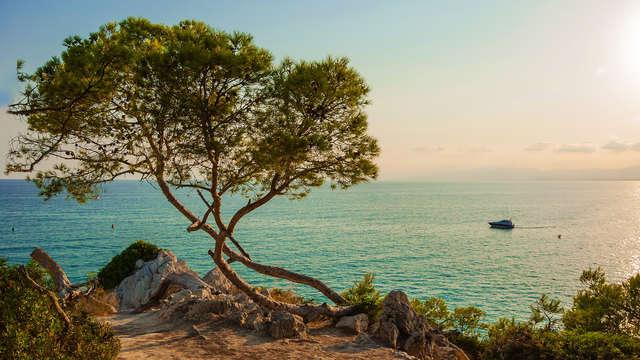 Descanso frente al mar con bebida de bienvenida en la Costa Brava al lado de Calella