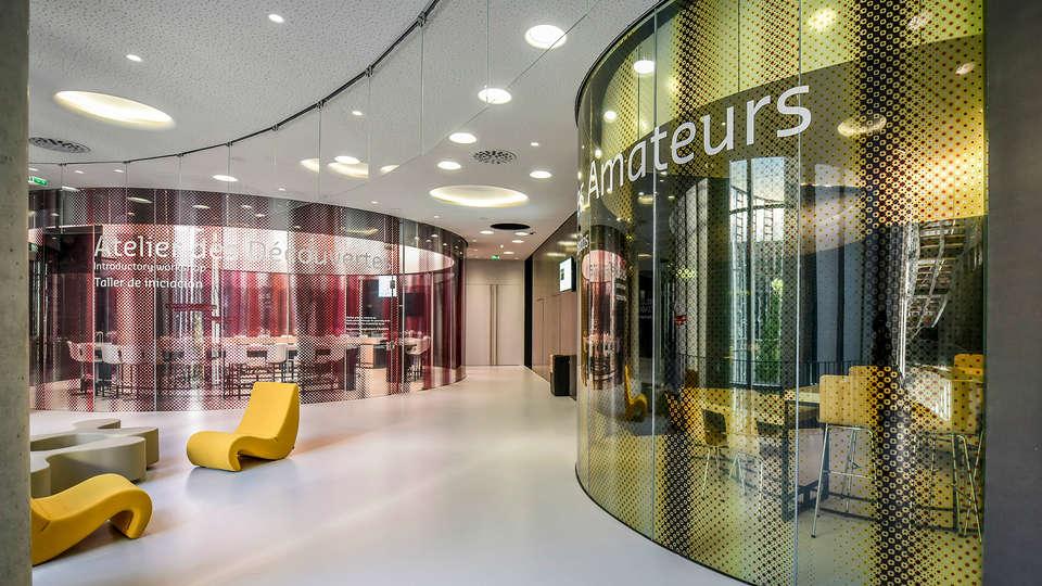 Mercure Bordeaux Gare St Jean - edit_cite_du_vin1.jpg
