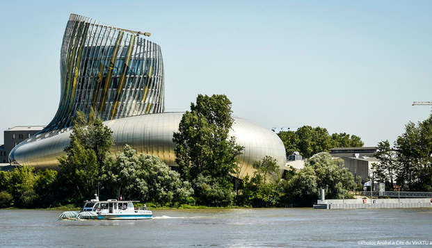 Week-end avec entrée à la Cité du Vin au cœur de Bordeaux