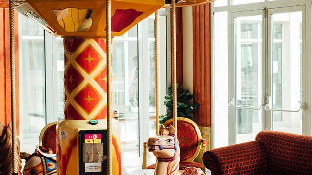 Vienna House Dream Castle Hotel Paris - Looby Detail FRPADRE high res