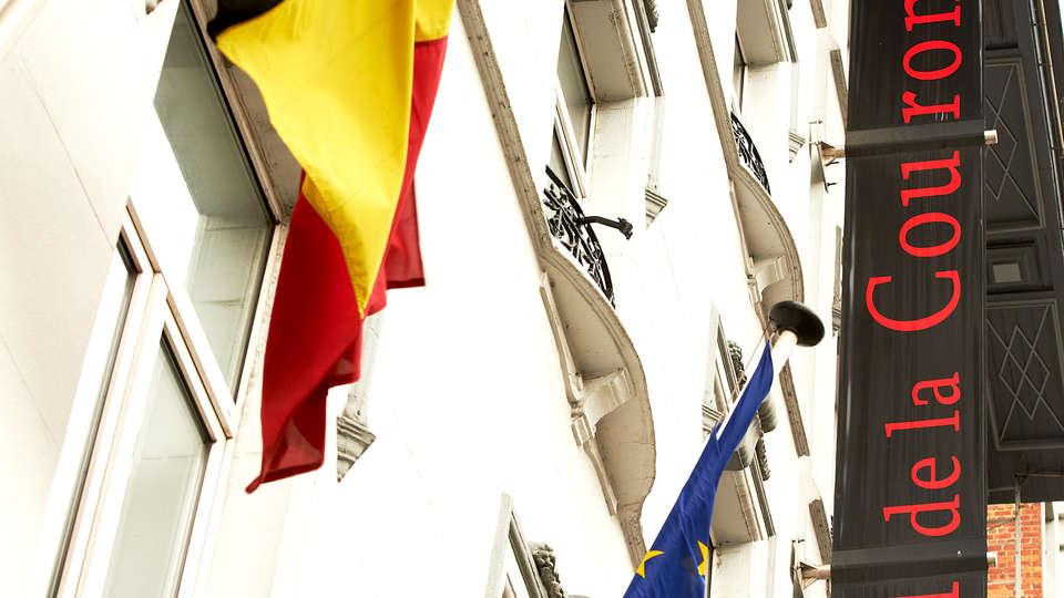 Hotel de la Couronne - Edit_Front2.jpg