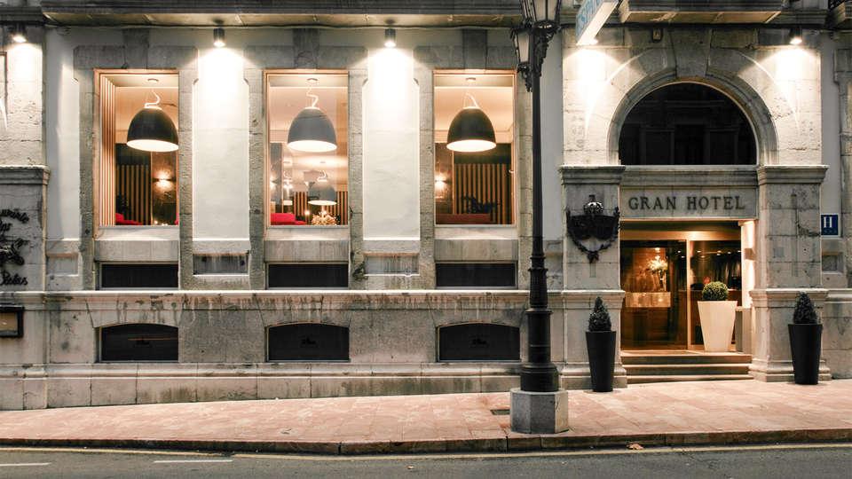 Gran Hotel España - EDIT_front2.jpg
