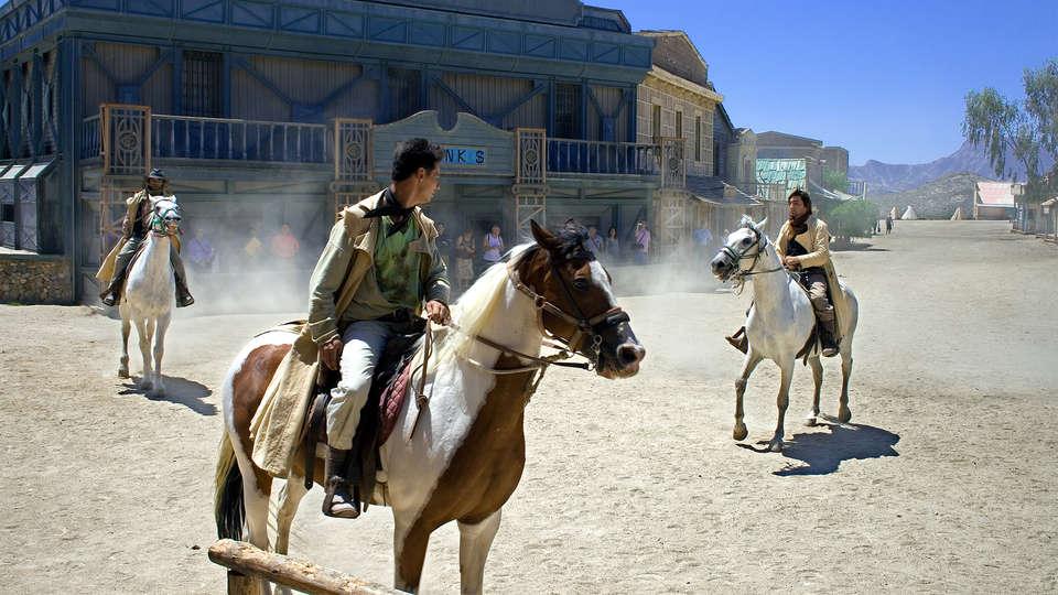Hospedería del Desierto - EDIT_Activity1.jpg