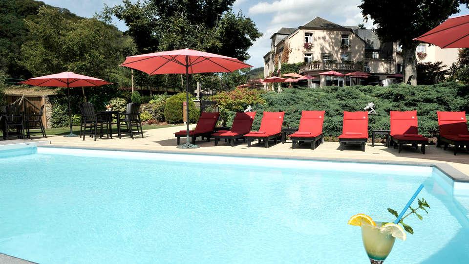 Hostellerie Le Charme de la Semois - Edit_Pool.jpg
