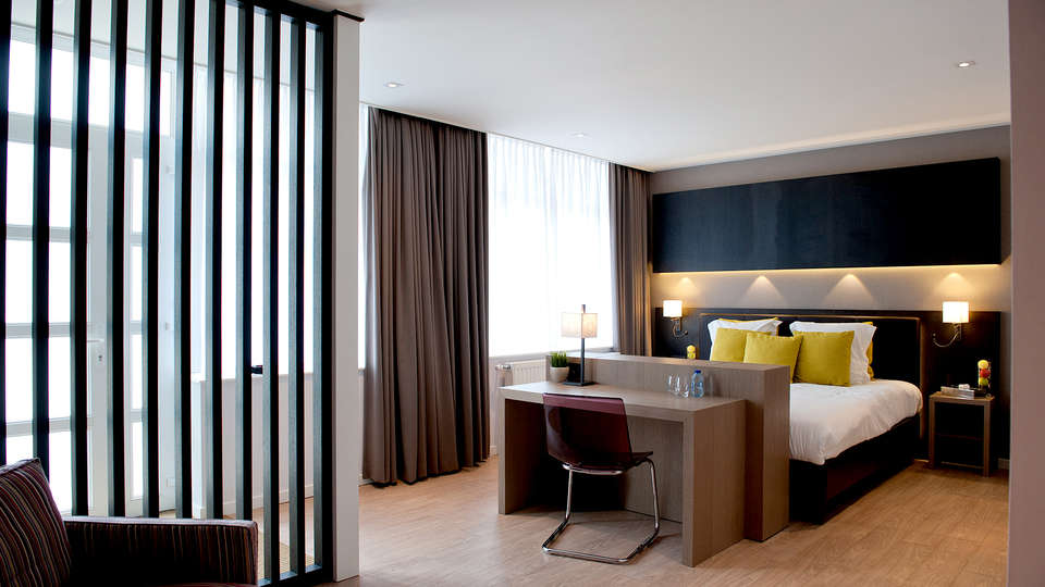 Hostellerie Le Charme de la Semois - Edit_Room6.jpg