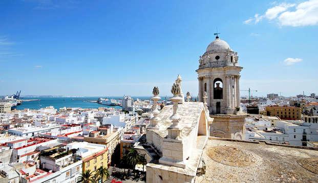 Escapada romántica con cava y bombones en San Fernando, Cádiz