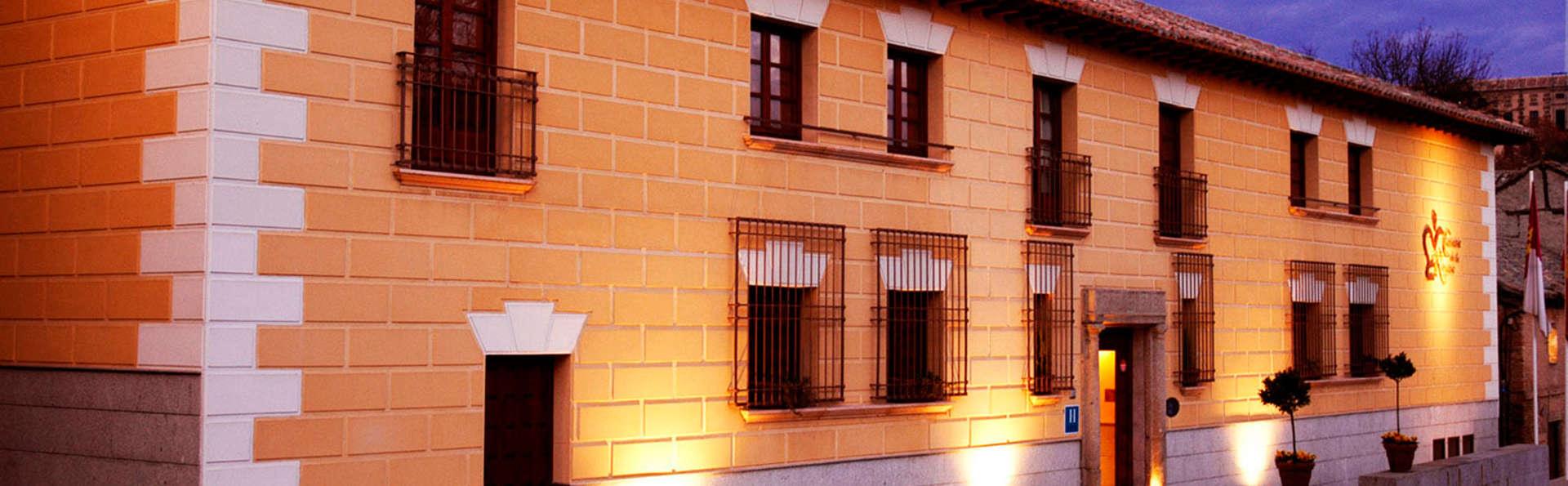 Escapada romántica en el casco antiguo de Toledo
