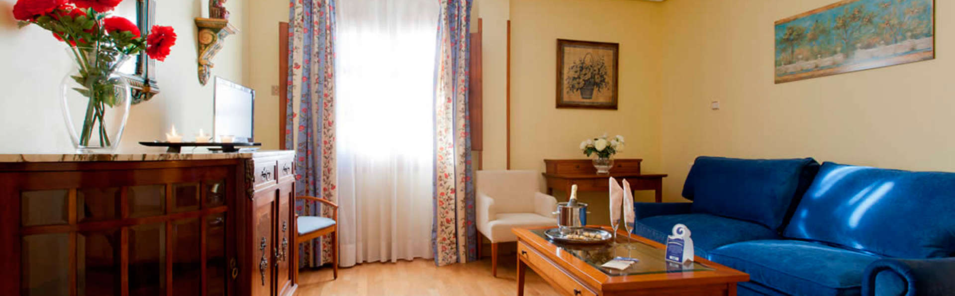 Hotel Casona de la Reyna - EDIT_juniorsuite2.jpg