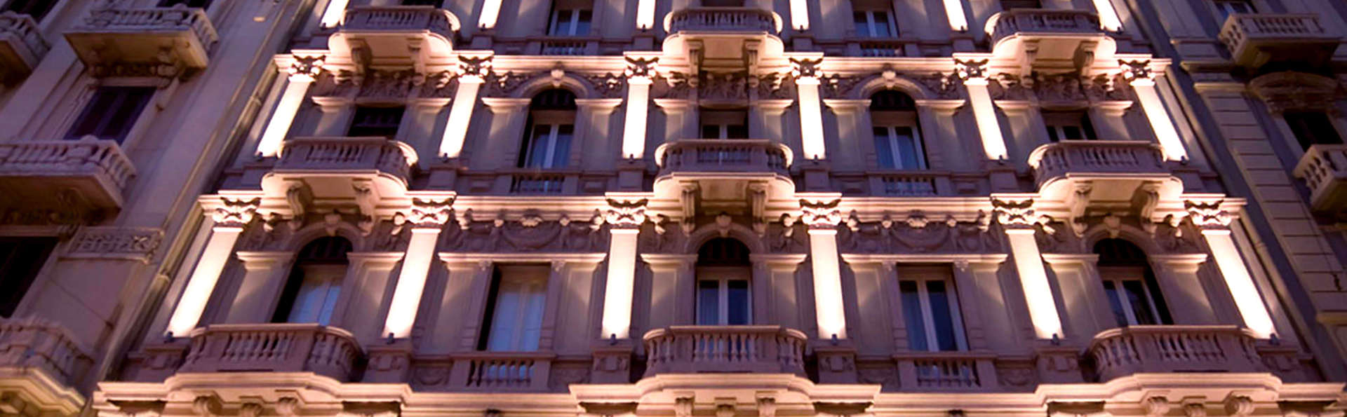 Hotel Oriente - Edit_Front.jpg