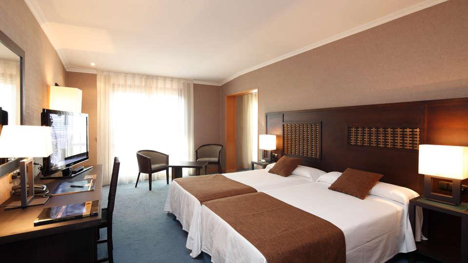 Hotel Spa Congreso - EDIT_NEW_juniorsuite.jpg