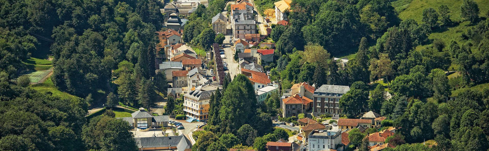 Pause gourmande avec vin offert dans les Pyrénées