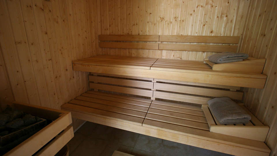 Villa Regalido - EDIT_sauna.jpg