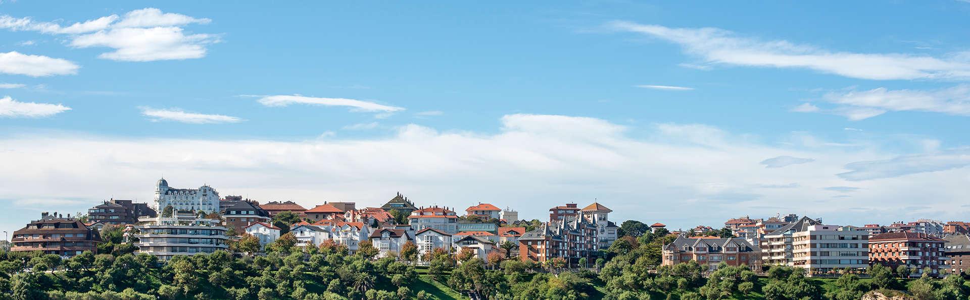 Hotel City Express Santander Parayas - EDIT_destination2.jpg