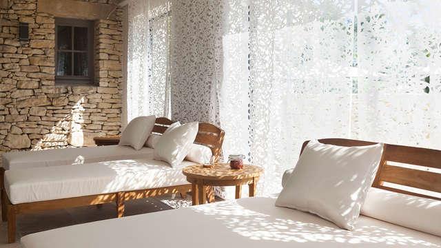 Escapada en un hotel con encanto en el Luberon con acceso al spa (desde 2 noches)