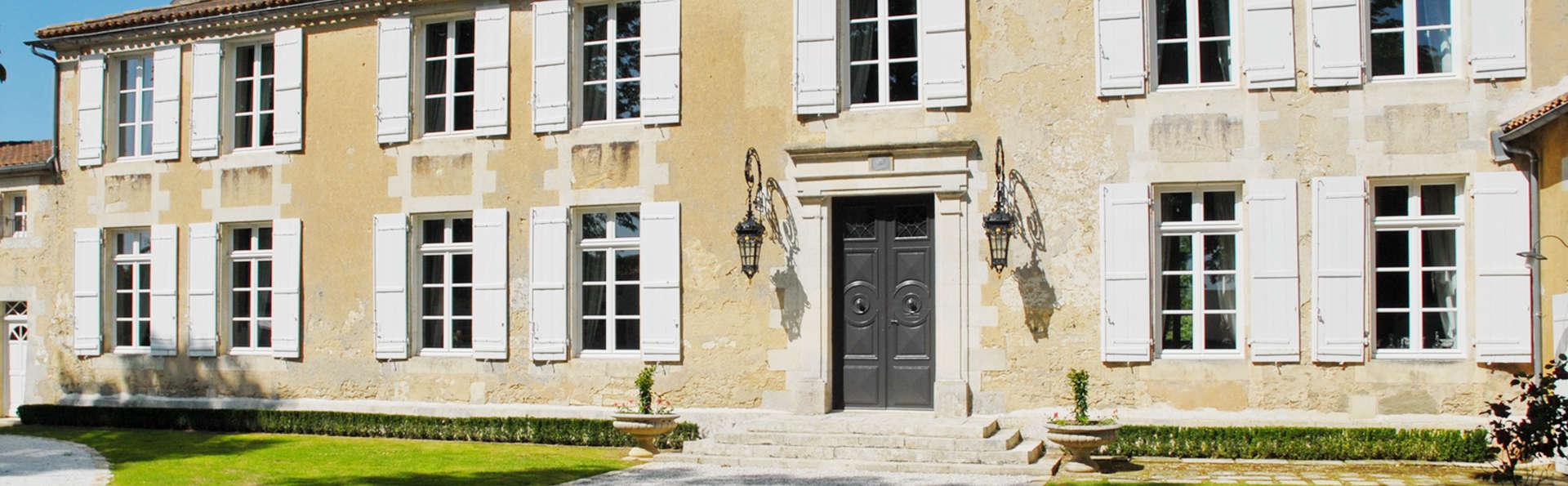 Hotel The Originals Le Logis du Péré (ex Relais du Silence) - EDIT_front.jpg