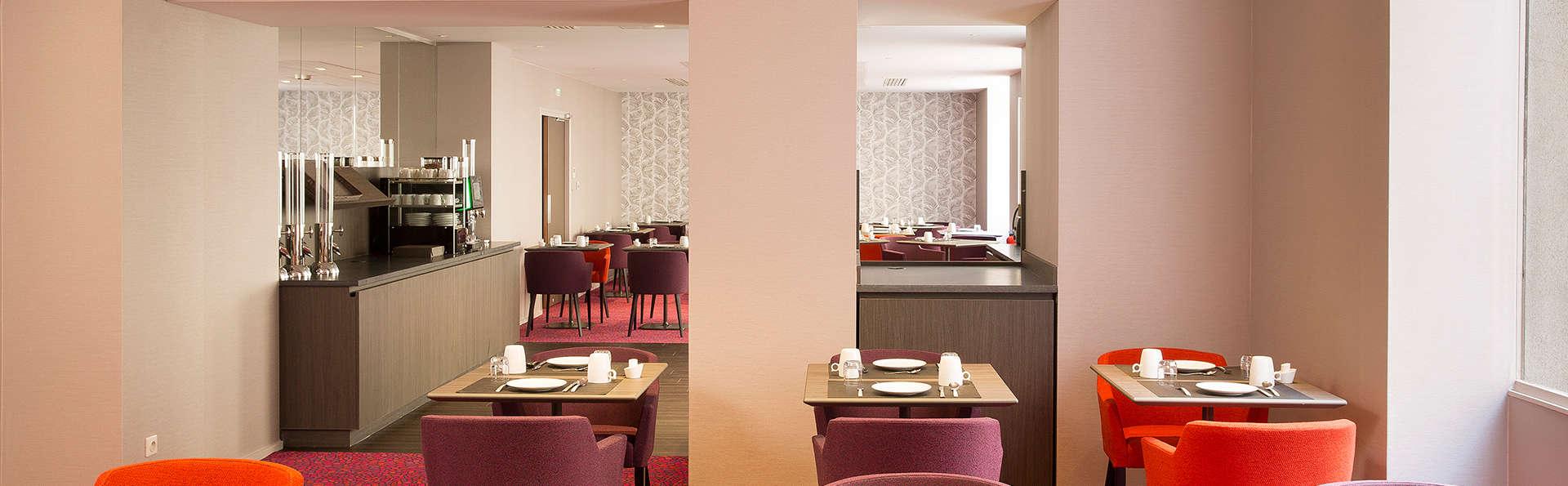 Oceania Hotel de France Nantes - EDIT_breakfast.jpg