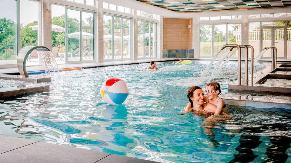B'O resort Bagnoles de l'Orne - edit_new_pool.jpg