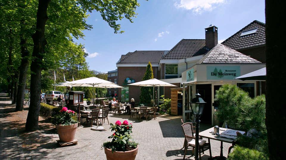 Boshotel Vlodrop - EDIT_terrace.jpg