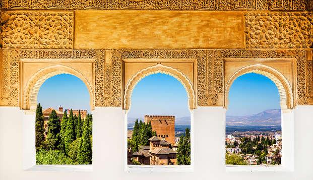 Disfruta de Granada a tu ritmo con parking incluido