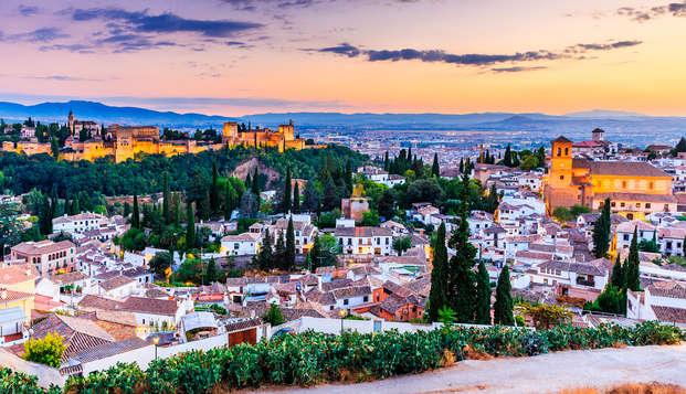Escapada a Granada en hotel ubicado en la zona de tapeo