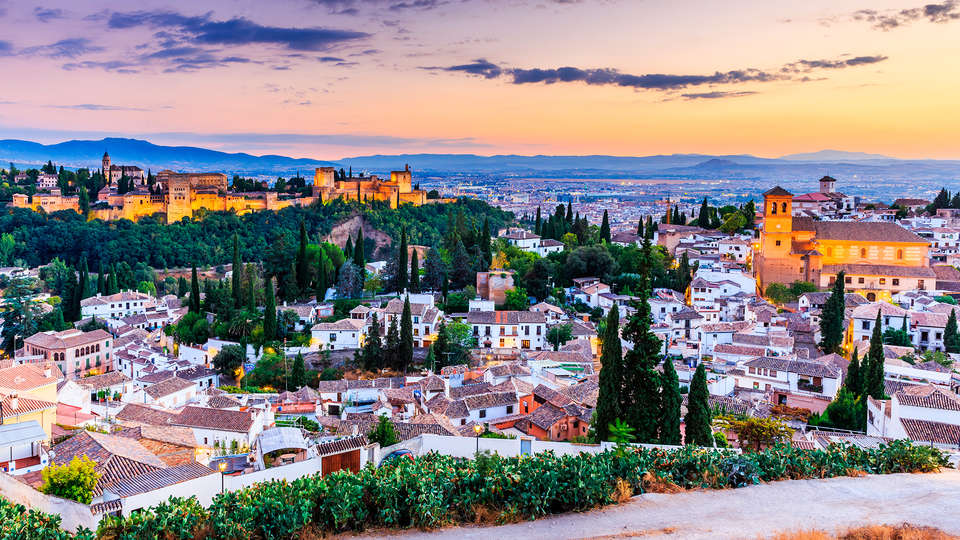 Hotel Corona de Granada - EDIT_destination.jpg