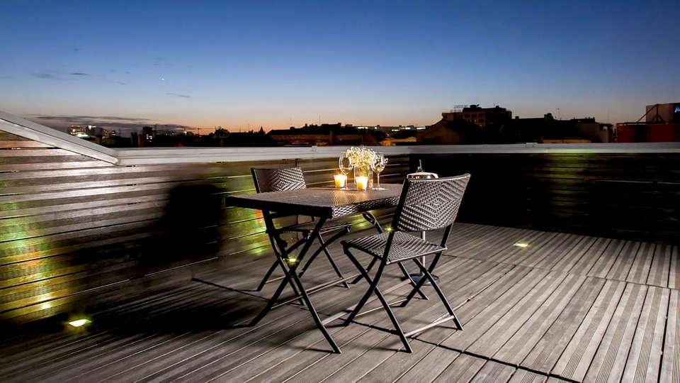 Hotel Zenit Lisboa - Edit_terrace.jpg