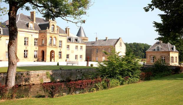 Détente dans une majestueuse demeure du XVIIème au cœur des Ardennes