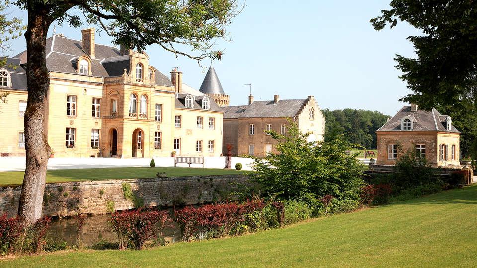 Domaine Château du Faucon  - Edit_Front2.jpg