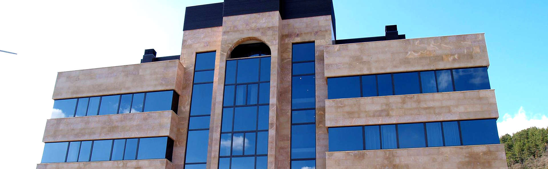 Hotel Pamplona Villava - Edit_Front2.jpg