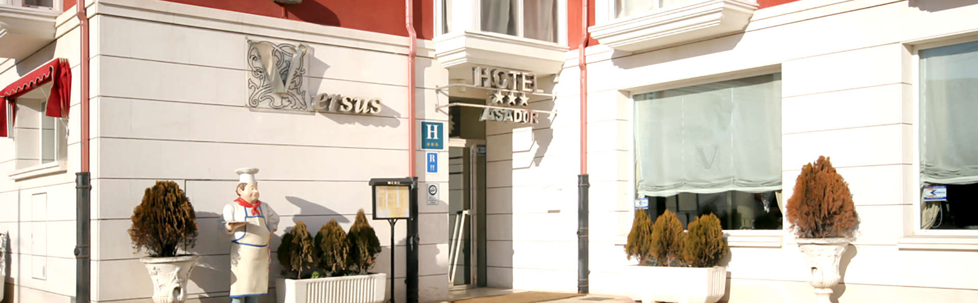 Hotel Asador H.M Versus - Edit_Front.jpg