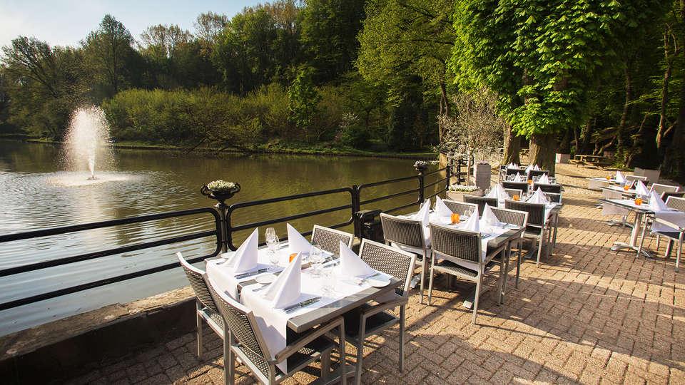 Bilderberg Hotel De Bovenste Molen - EDIT_restauranterrace1.jpg