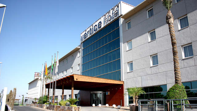 Offre exclusive : séjournez à deux pas de Séville dans un hôtel avec piscine et parking