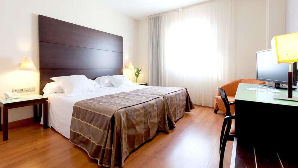 Hotel Vértice Aljarafe - Edit_Room4.jpg