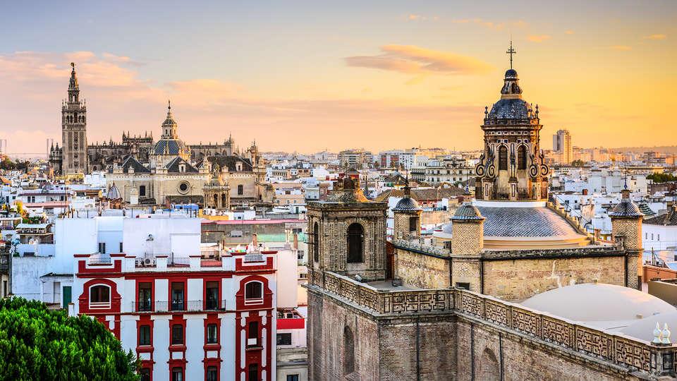 Hotel Vértice Aljarafe - Edit_Sevilla.jpg