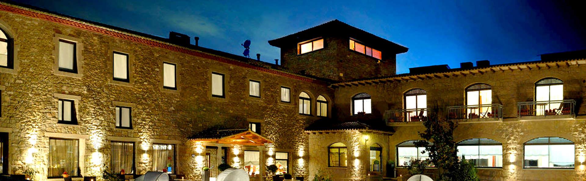 Hotel Urbisol - Edit_Front.jpg