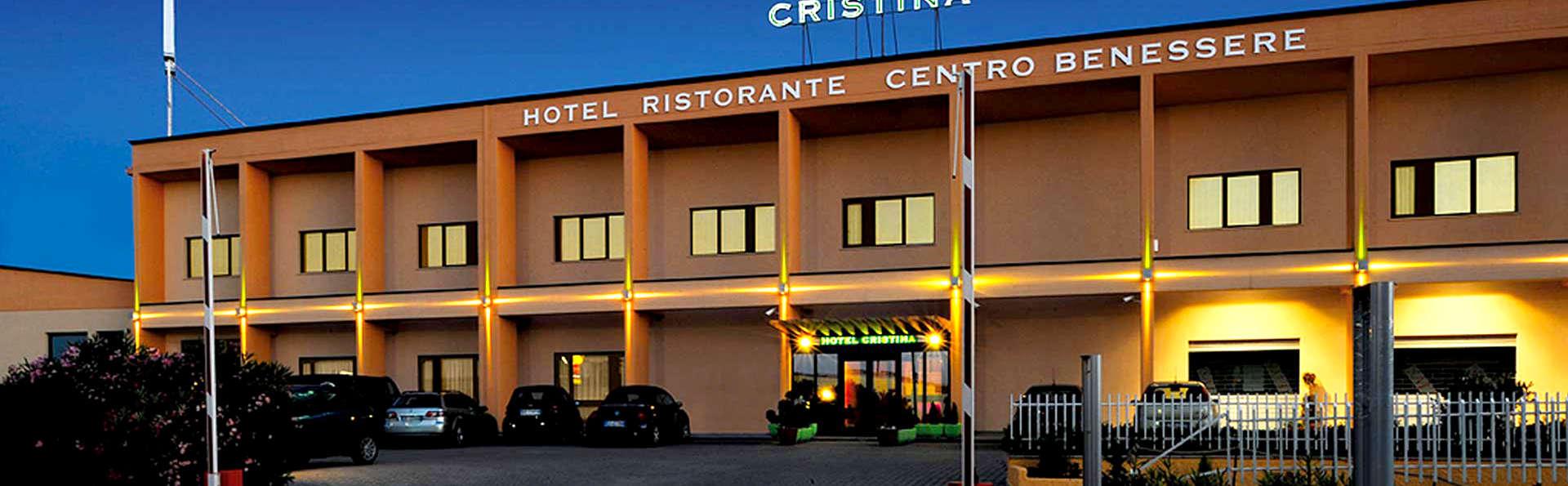 Hotel Cristina - Edit_Front5.jpg