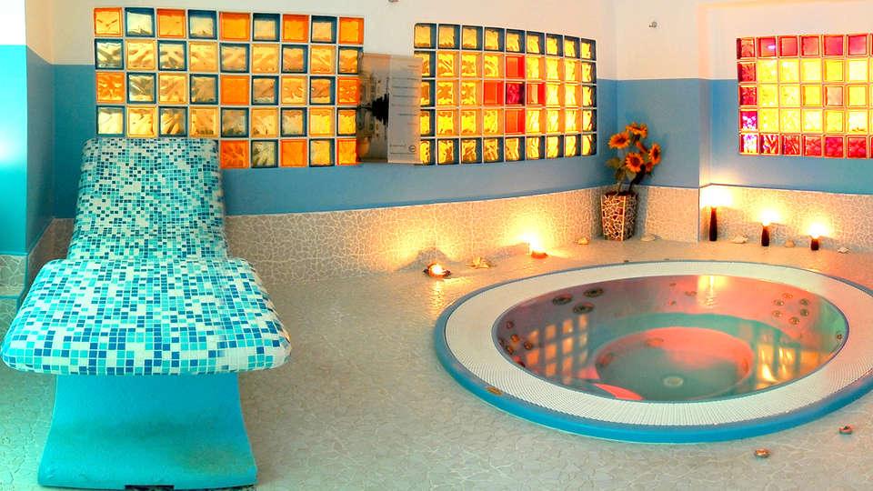 Hotel Cristina - Edit_Spa.jpg